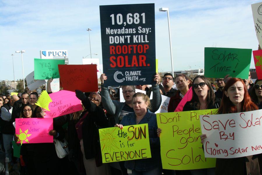 blog.9.17.17.nevada-solar-protestors.0