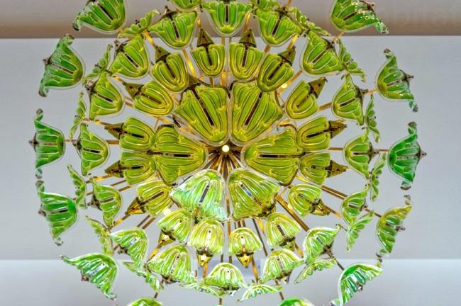 blog.9.29.17.breathe-algae-chandelier-julian-melchiorri-5-889x592